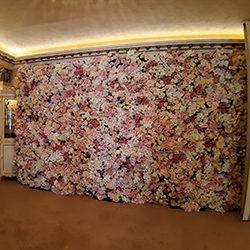 Стени и паравани от изкуствени цветя
